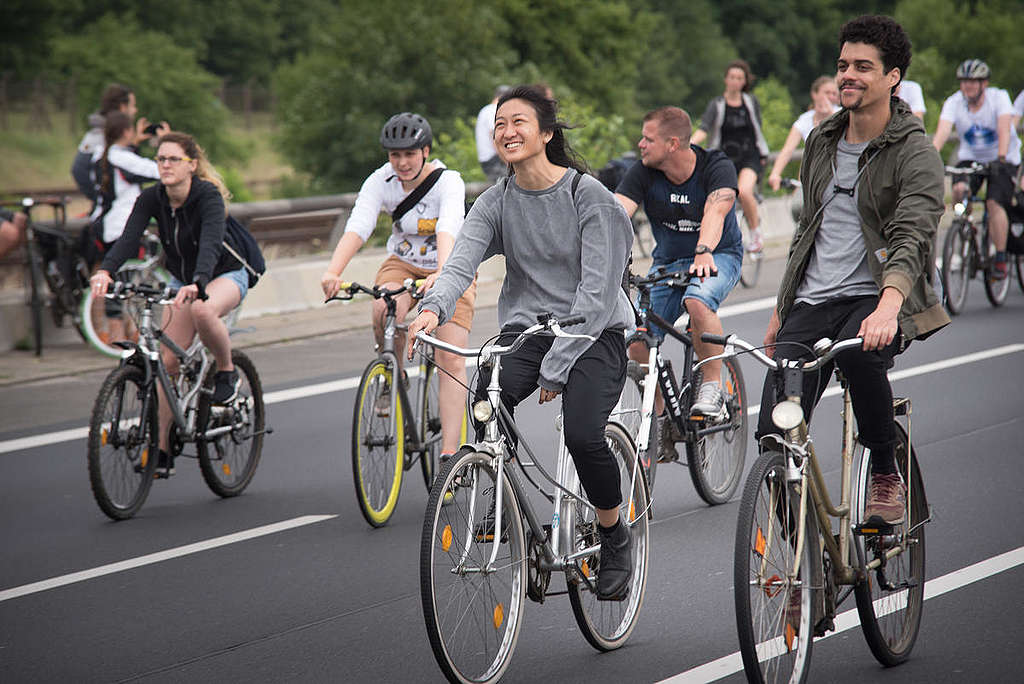 A bike ride for the Clean Air Now campaign is organized on a highway in Berlin closed on Sunday.