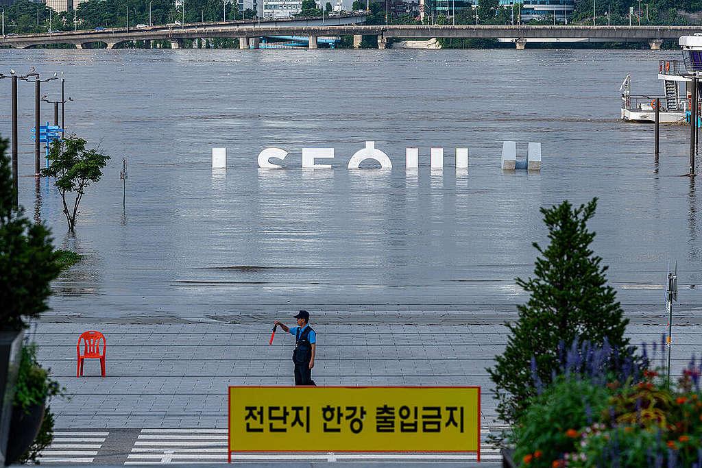 Floods in South Korea © Sungwoo Lee / Greenpeace