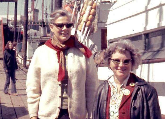Dorothy Stowe and Marie Bohlen. © Robert Stowe
