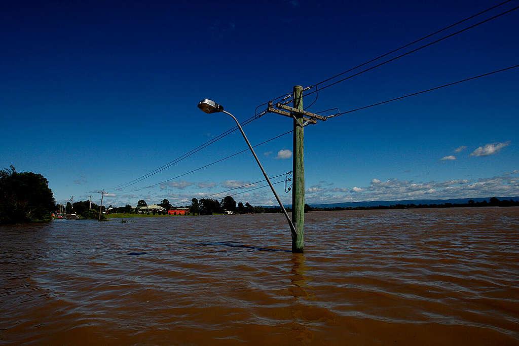 Devastating Floods in NSW, Australia. © Dean Sewell