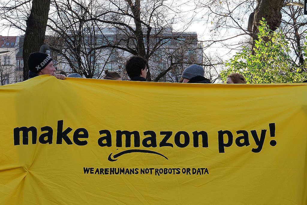 The 'Make Amazon Pay' Alliance, Berlin. © Leonhard Lenz, Wikimedia Commons / CC 1.0