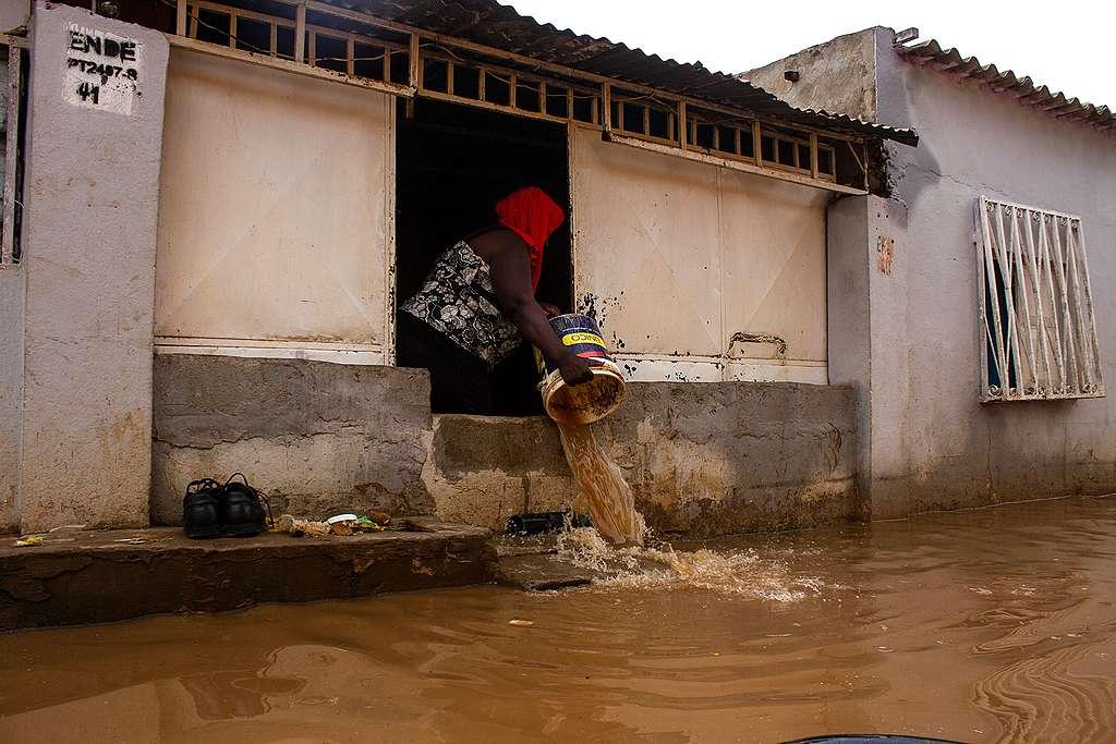 ANGOLA-FLOOD, OSVALDO SILVA/AFP via Getty Images