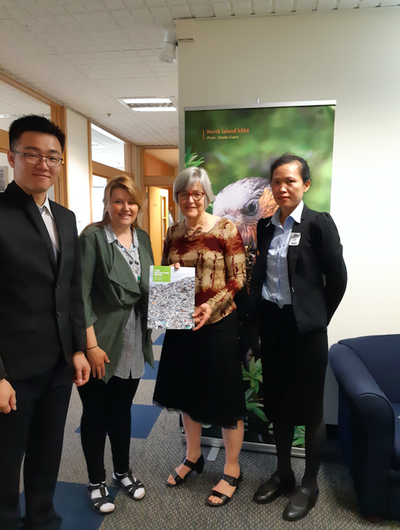 Pua Lay Peng went to New Zealand with Greenpeace in 2018 to meet with Minister of Environment Eugenie Sage to raise the imported plastic waste problem from New Zealand to Malaysia.