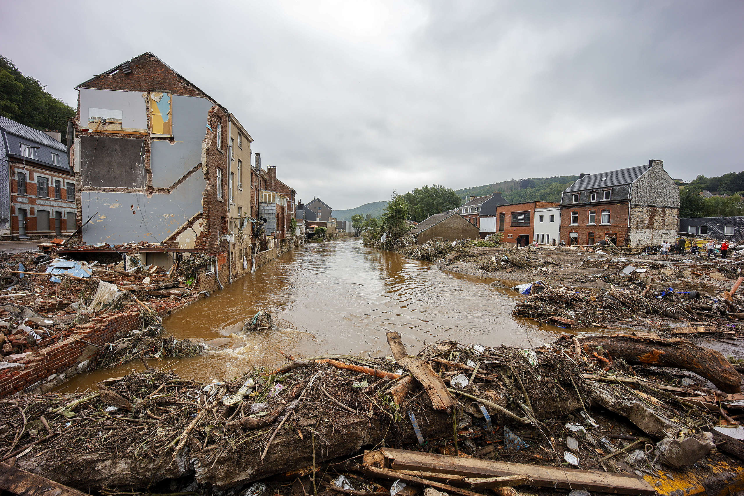 View of the destruction following severe flooding after heavy rainfall in Pepinster, Belgium. © Olivier Matthys/Getty Images