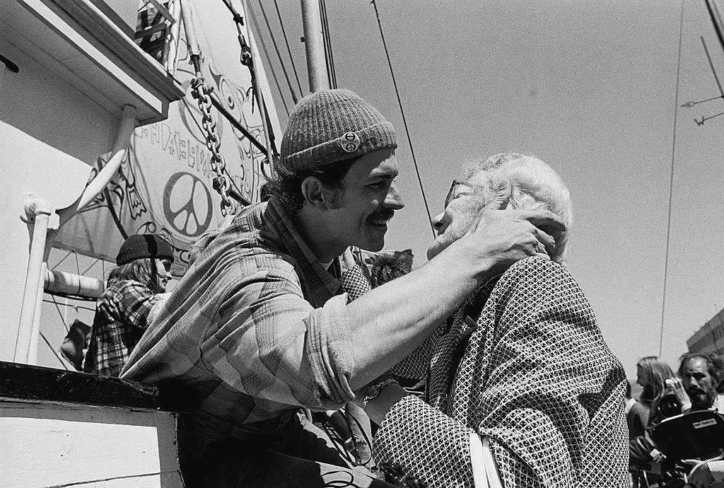 Rex Weyler greets his grandmother on the ship in San Francisco, 1975. © Greenpeace