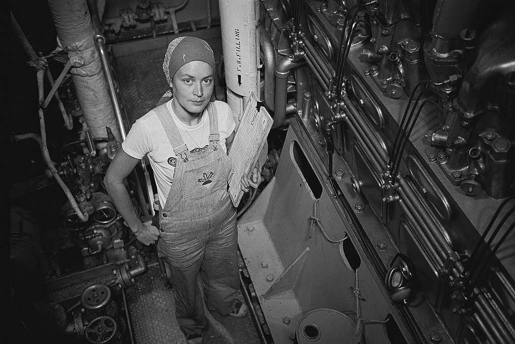 Bree Drummond on James Bay. © Greenpeace / Rex Weyler