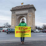 Clean Air Now Action in Bucharest, Romania. © Catalin Georgescu / Greenpeace