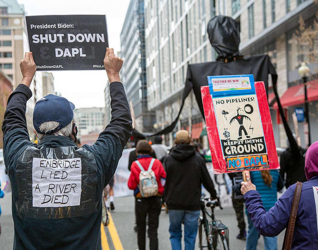 Oil Pipeline Protest in Washington D.C. © Tim Aubry / Greenpeace