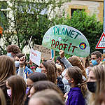 On September 24th, as part of the global Friday for Future movement, Youth for Climate Luxembourg organize a Climate demonstration in the capital city's streets, stopping in front of some of the main buildings of the country's financial center, one of the biggest in the world.