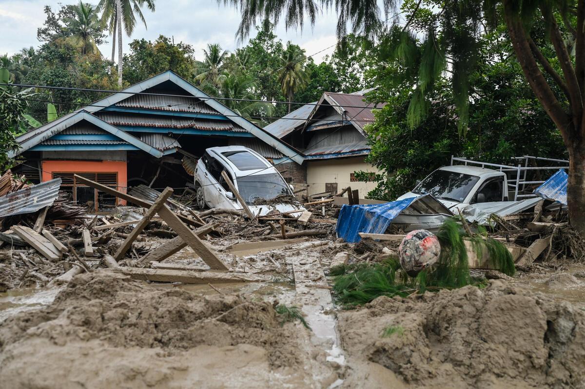 Flash Floods Aftermath in South Sulawesi. © Hariandi Hafid / Greenpeace