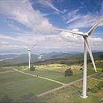 Contro l'aumento delle bollette bisogna puntare su rinnovabili ed efficienza. Ma il ministro Cingolani fa finta di non saperlo