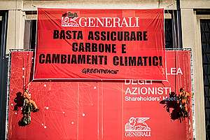 Coal Action at Generali Annual Meeting in Trieste. © Lorenzo Moscia