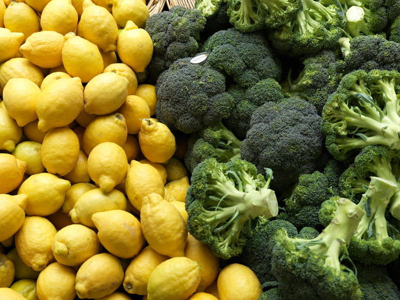 Organic broccoli and lemons at Raspail Market in central Paris. It is one of the largest organic markets in Paris.