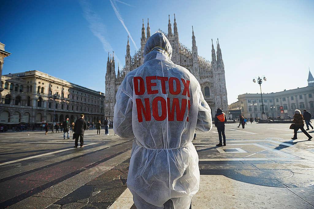 In azione per Detox a Milano © Alessandro Vona