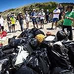 """Torna """"plastic radar"""", per segnalare i rifiuti in plastica dispersi lungo spiagge, laghi e fiumi"""