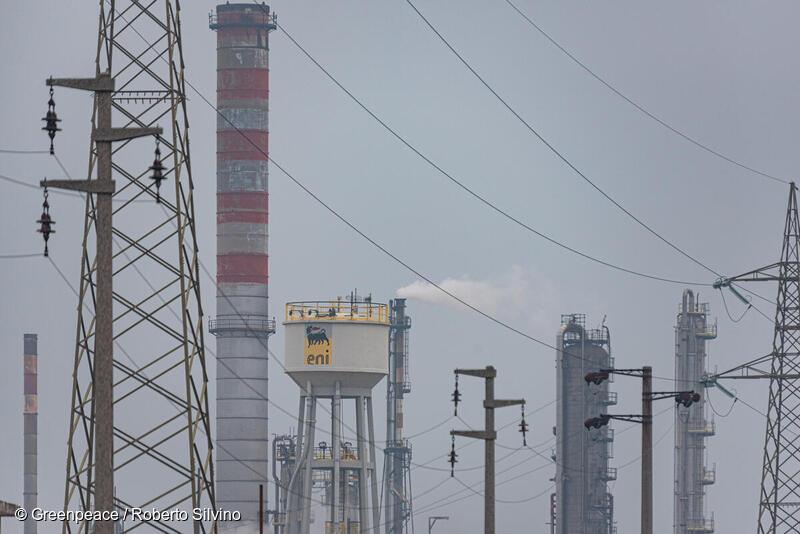 Greenpeace: l'industria dei combustibili fossili ha cercato di mettere le mani sui soldi del Recovery per finanziare false soluzioni come l'idrogeno