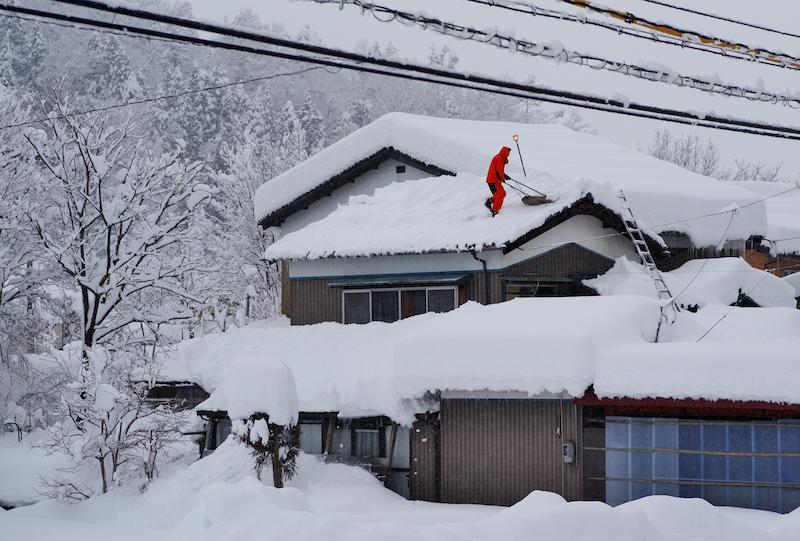 大雪と地球温暖化の関係は?