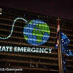 Une bouée de sauvetage pour tous ou la capitulation face au changement climatique ?