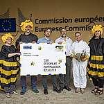 """Europäische Bürgerinitiative """"Bienen und Bauern retten"""" erreicht über 1,16 Millionen Unterschriften"""