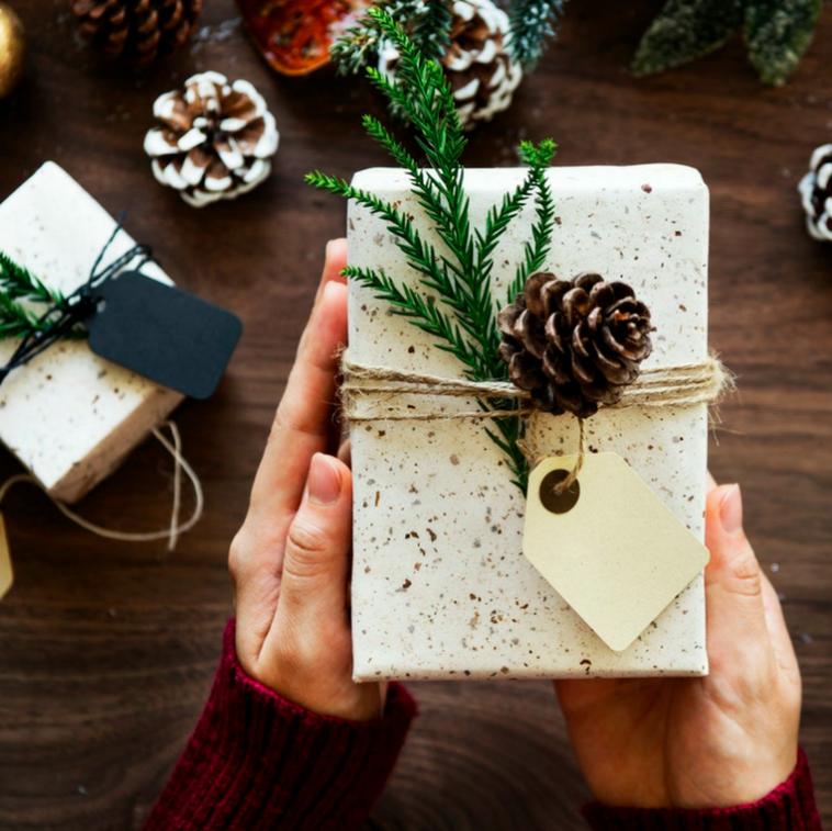 N'achetez plus jamais de papier cadeau : le guide ultime des emballages zéro déchets