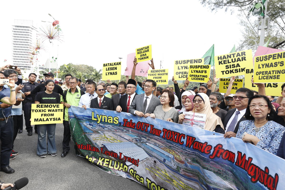 Protest at Government Office in Kuala Lumpur. © Nandakumar S. Haridas / Greenpeace