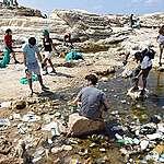 غرينبيس توضح بعض المفاهيم الخاطئة الواردة في قرار الحكومة اللبنانية حول إقفال الشواطئ وفتح المسابح