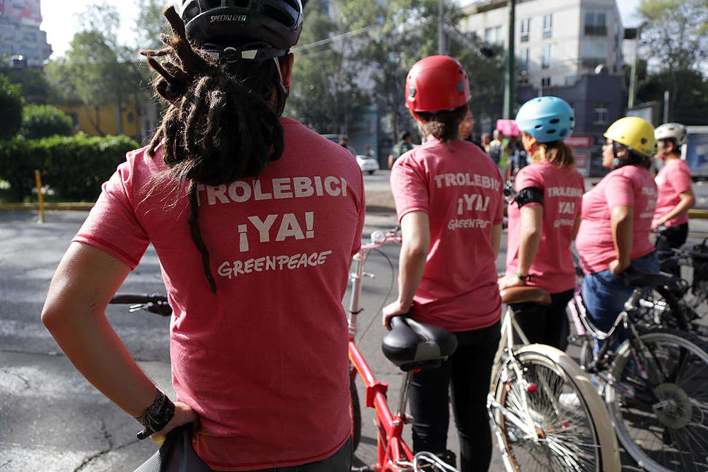 Protest for Sustainable Urban Transport  Project in Mexico City. © Ilse Huesca Vargas