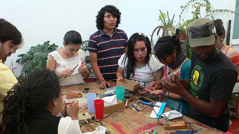 Solar Energy Training in Mexico City. © Michael Götz