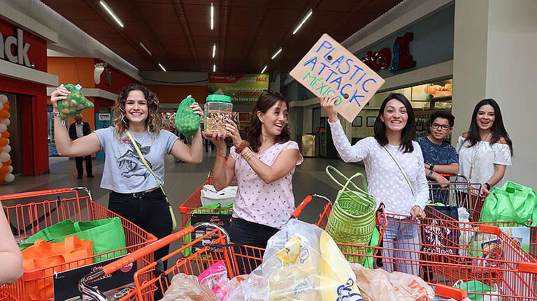 Activists Return Plastics to Supermarkets in Mexico.