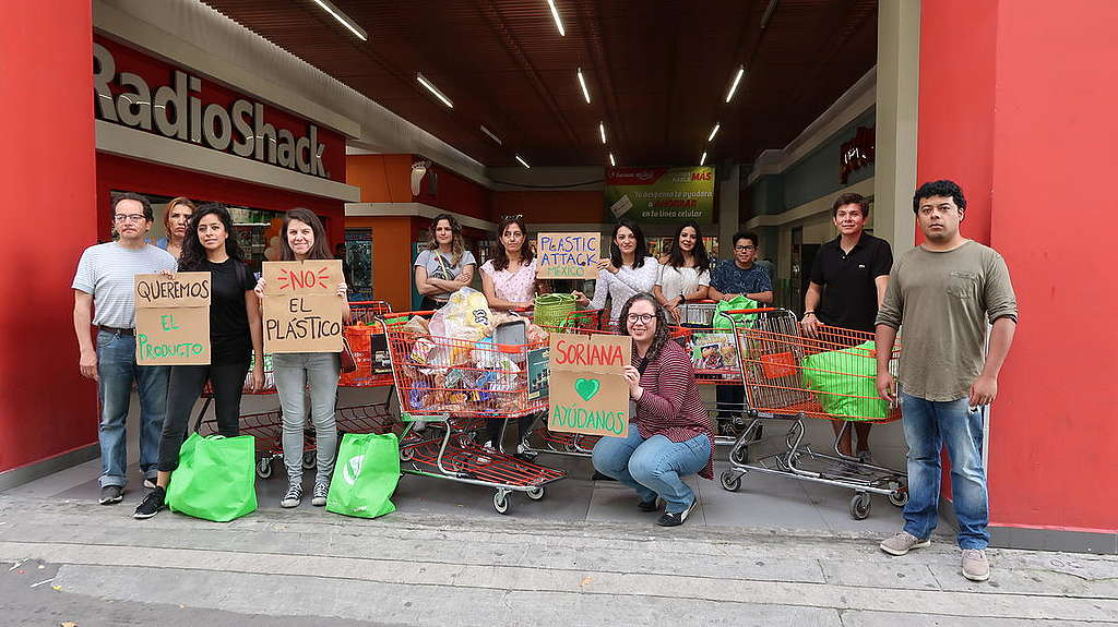 Activists Return Plastics to Supermarkets in Mexico.