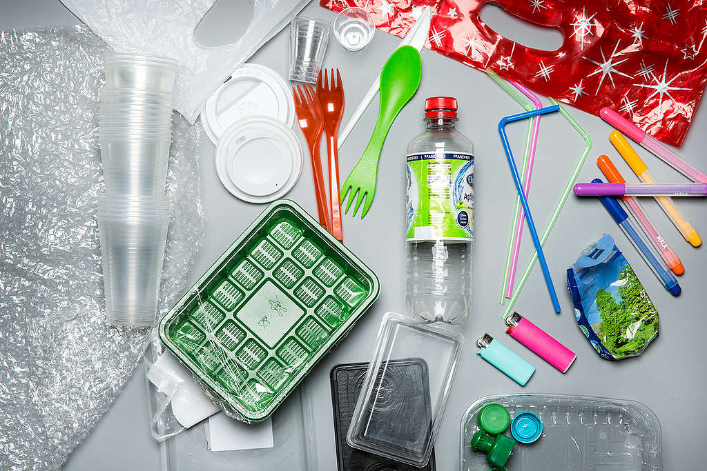 Productos plásticos © Fred Dott / Greenpeace