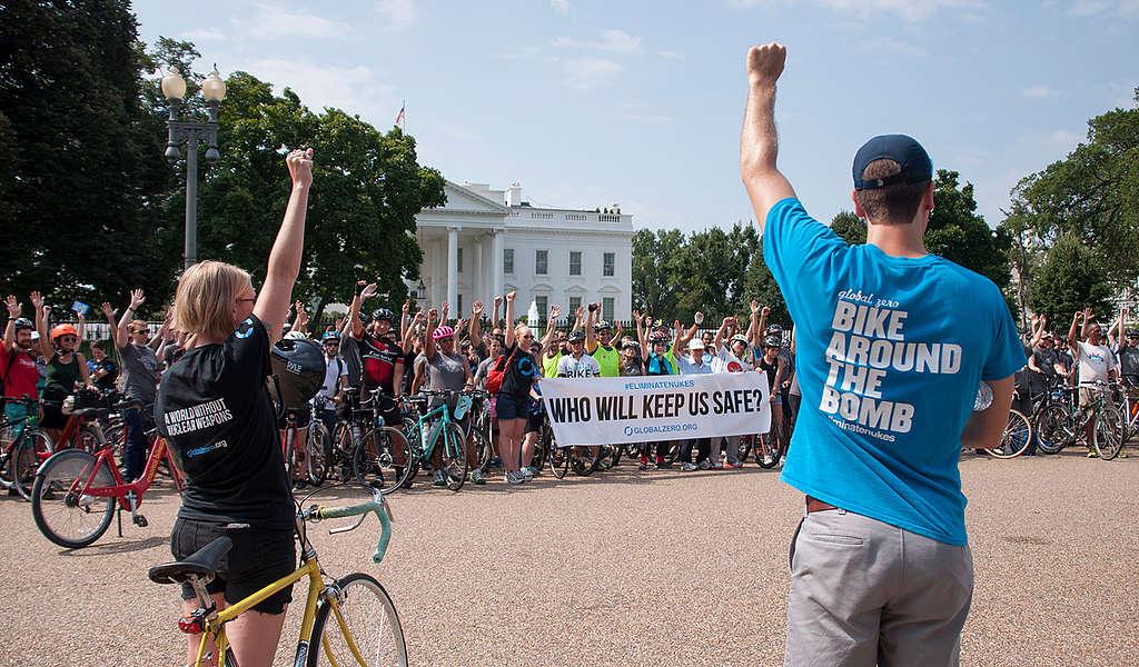 Manifestación ciclista © Livia Ferguson / Greenpeace