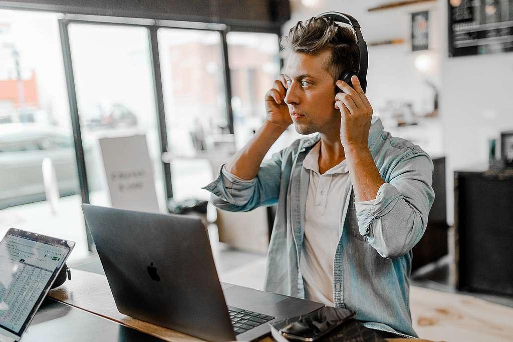 Home Office, ¿con música o sin música?