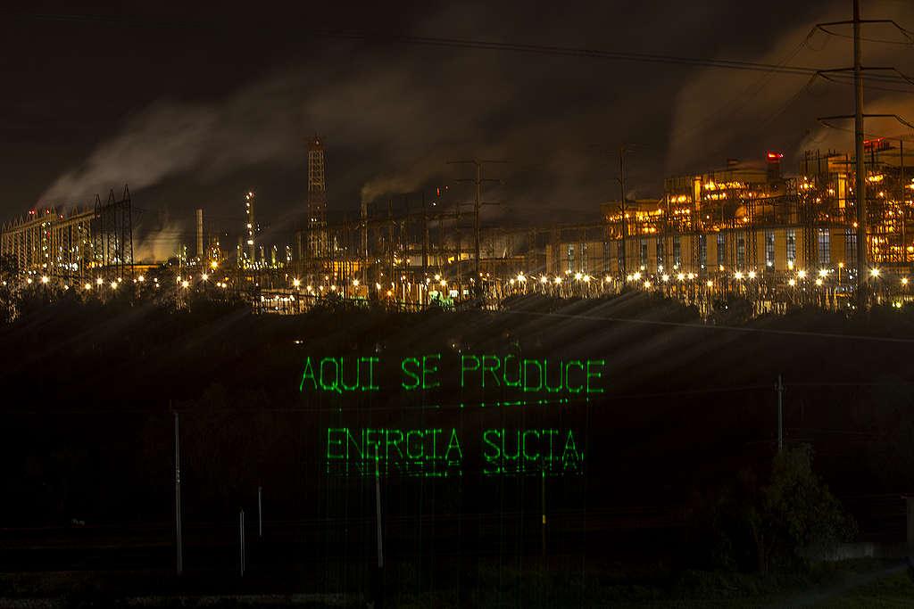 Manifestación desde la termoeléctrica en Tula Hidalgo, mostrando la contaminación en la zona.