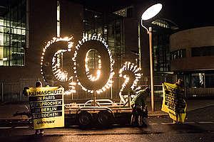 El CO2 es el mayor responsable de la huella de carbono. Sus emisiones deben reducirse, lo que ha sido la exigencia principal en protestas de distintos países. © Ruben Neugebauer / Greenpeace.