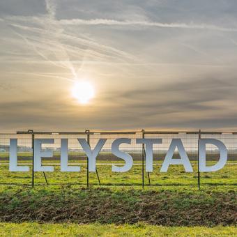 4. Een streep door Lelystad Airport