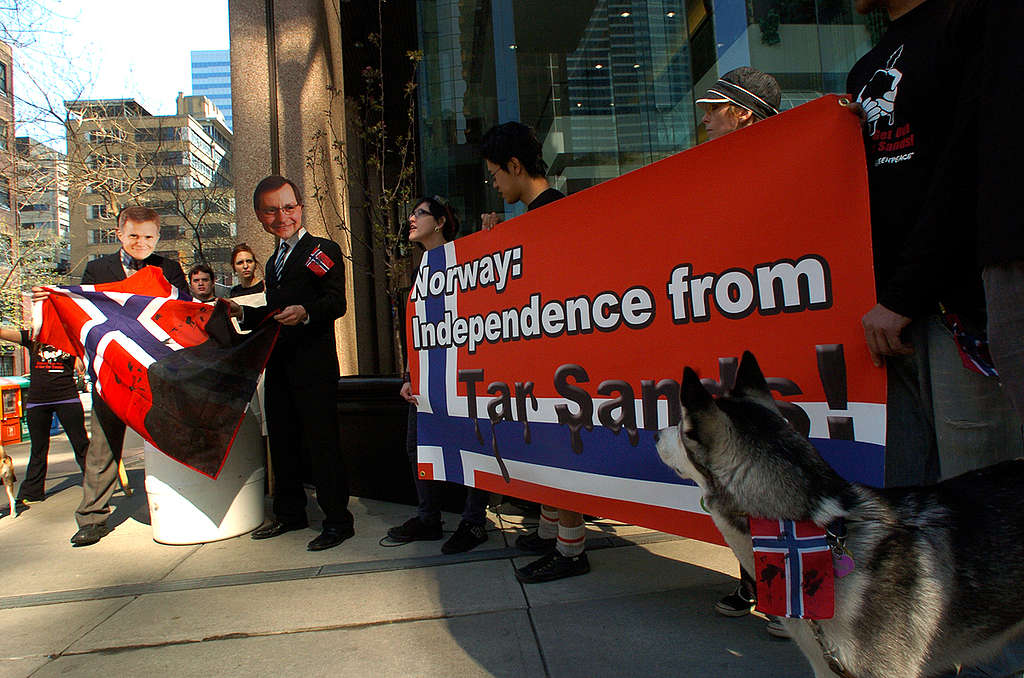 "Greenpeace ""Celebrates"" Norwegian Day at Statoil Headquarters Calgary. © Greenpeace / Matthew Dupuis"