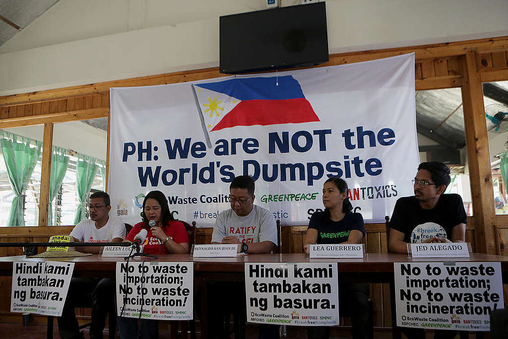 Press Conference about Canadian Waste in the Philippines. © Greenpeace