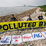 Freedom Island Waste Clean-up and Brand Audit in the Philippines. © Biel Calderon / Greenpeace