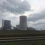 Elektrownia węglowa Jaworzno, nowy blok 910 MW otwarty w 2020 roku.