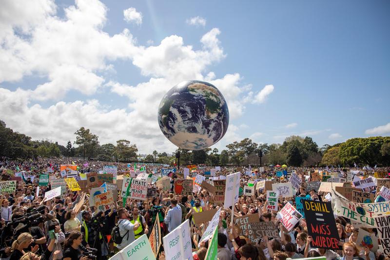 14 ani de Greenpeace România, 50 de ani de Greenpeace în întreaga lume