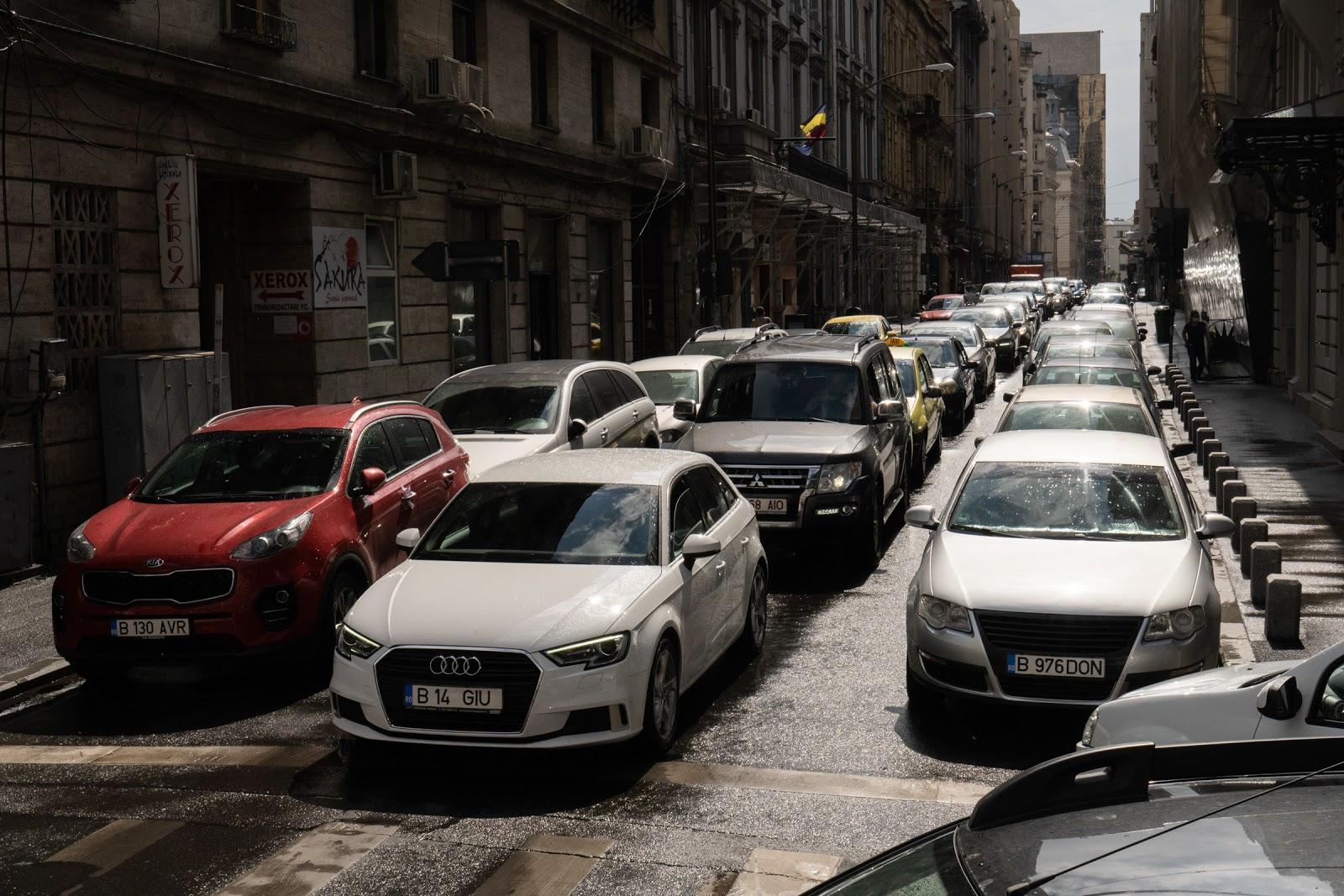 Aroganța spațiului în București