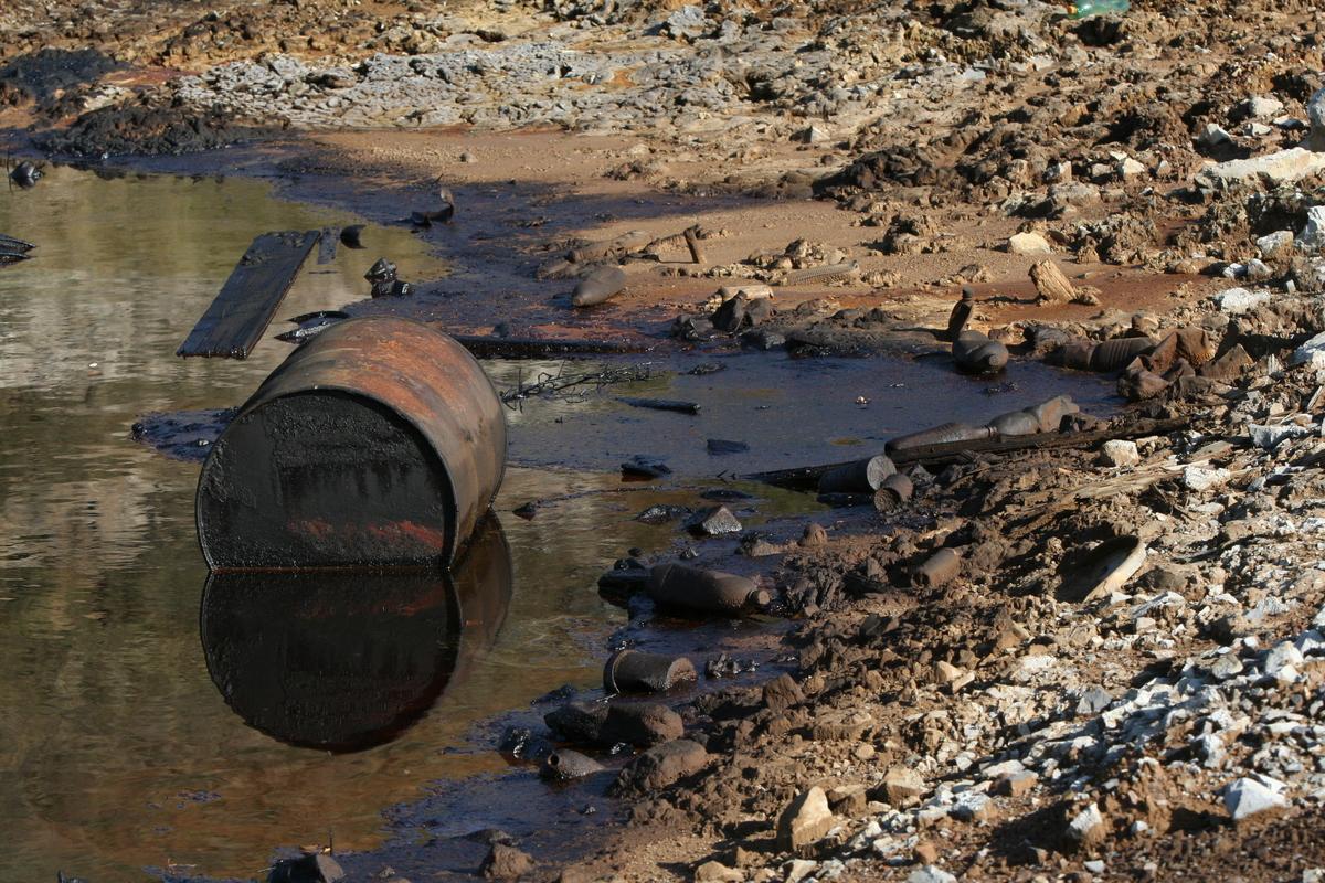 Toxic Remnants in Slovakia. © Greenpeace / Juraj Rizman