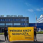 Greenpeace Slovensko upozorňuje, že plánovaný LNG terminál je v rozpore s klimatickým posolstvom pápeža Františka
