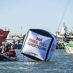 Greenpeace blokoval prístav Shell v Rotterdame a spústil Európsku občiansku iniciatívu na zákaz reklamy a sponzoringu fosílnych palív v Európe