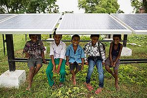 Children in Dharnai Village in India. © Vivek M. / Greenpeace