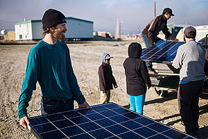 Unloading Solar Panels at Clyde River. © Greenpeace