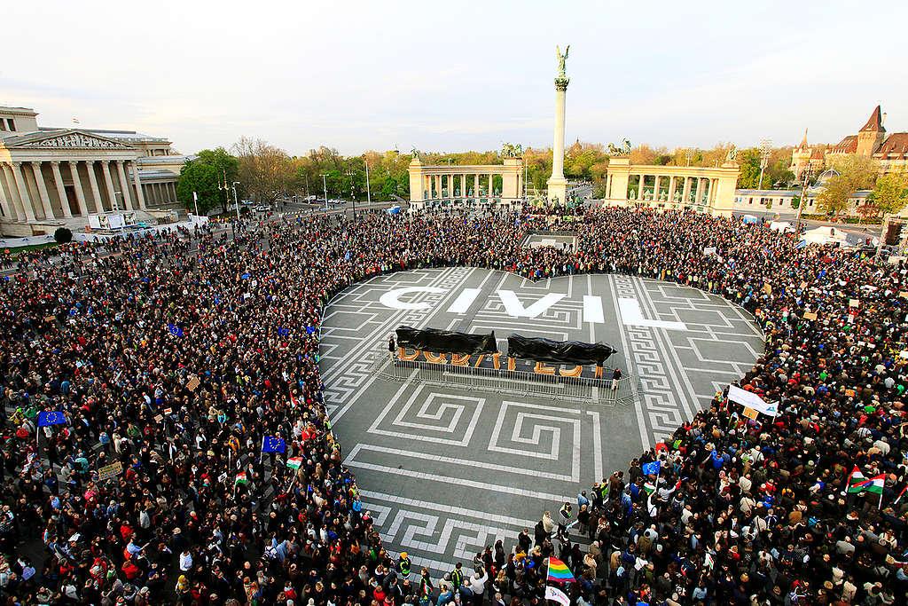 Heroes' Veto, pro-NGO Protest in Budapest. © Bence Jardany