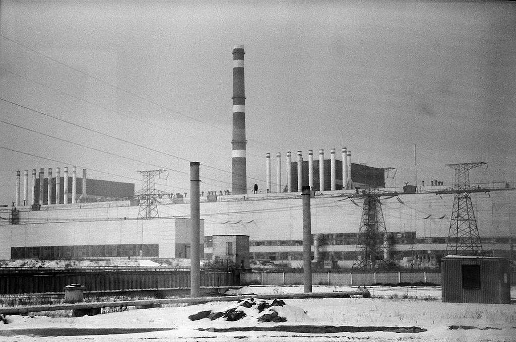 Reactor 1 and 2 at Chernobyl Nuclear Plant. © Greenpeace / Stefan Füglister