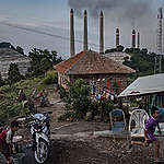 The Life with Coal Power Plants in Suralaya, Indonesia. © Ulet  Ifansasti / Greenpeace